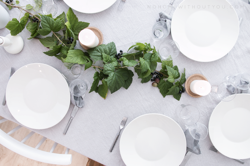 Dinner table setting 8