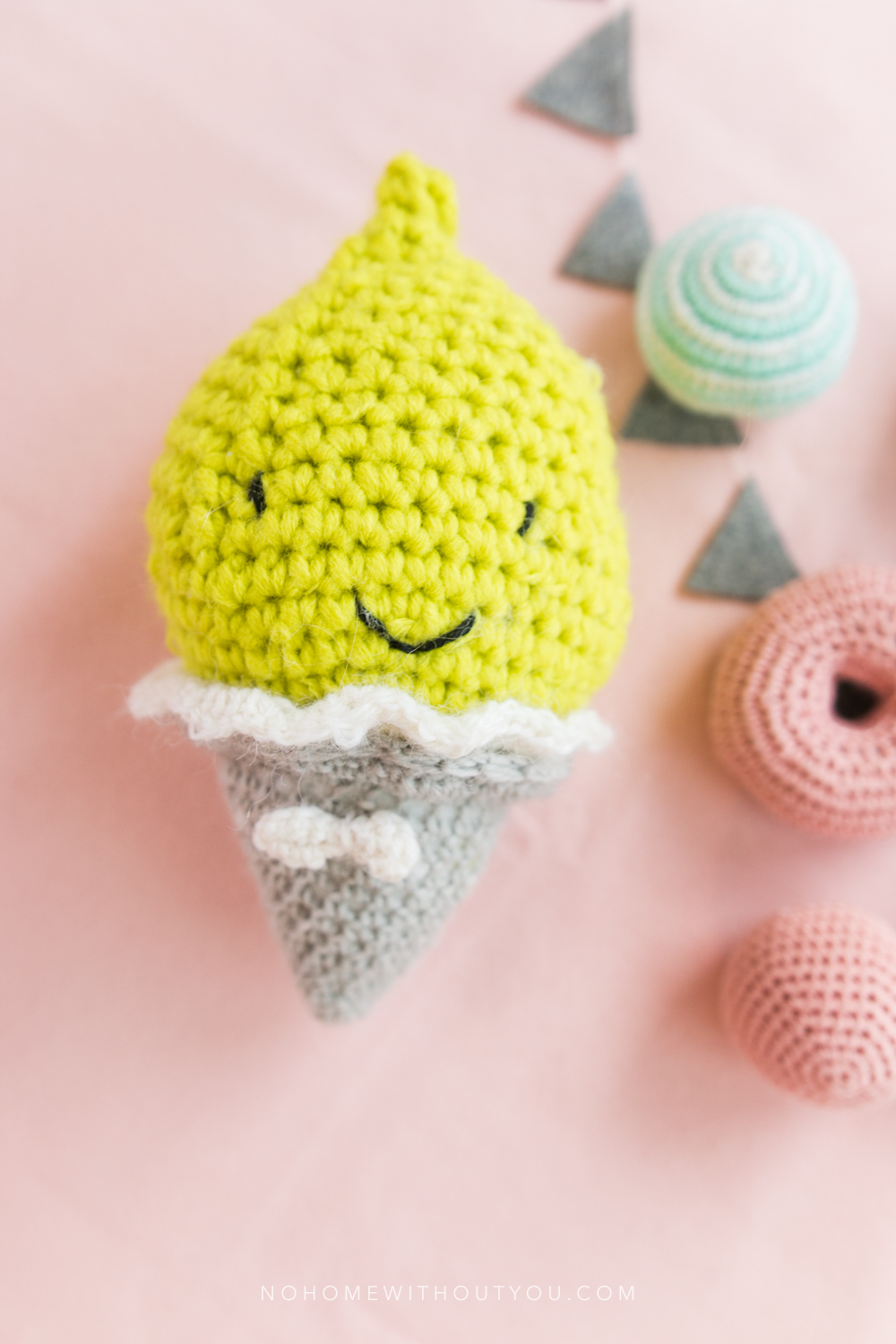Ice Cream Party - Free amigurumi crochet pattern -   No Home Without You blog (1 of 2)