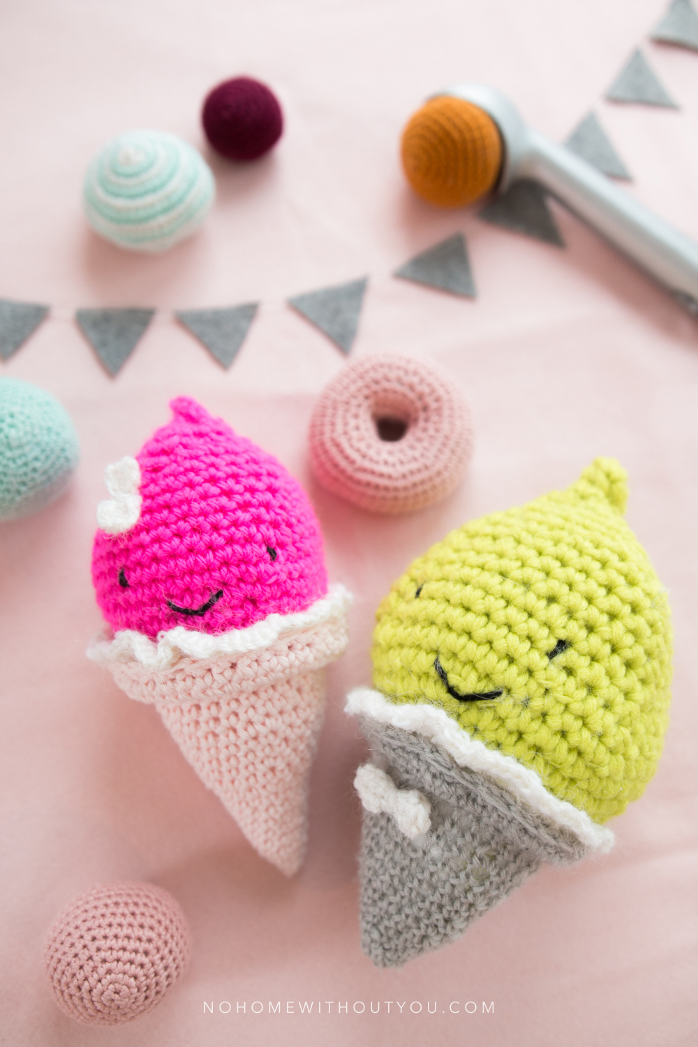 DOOR 24: ICE CREAM PARTY FREE CROCHET PATTERN NO HOME ...